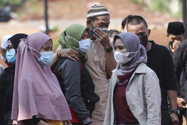 Sau làn sóng dịch thảm khốc, Indonesia lo ngại đợt lây nhiễm thứ ba - ảnh 4
