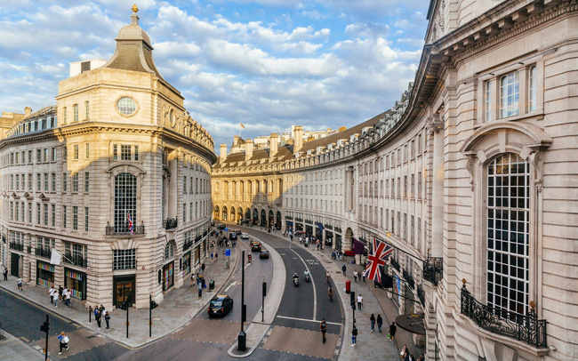 Anh cập nhật quy định du lịch quốc tế với hệ thống mới - ảnh 2