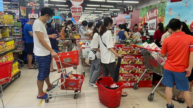 Vietnam's CPI picked up 1.79% year-on-year in the first eight months. (Photo: VOV)