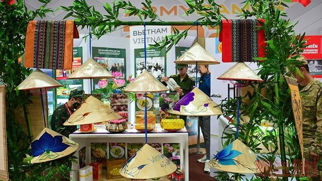 The stall of the Vietnamese team decorated with conical hats