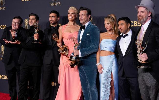 Emmy 2021 lật ngược tình thế, tỉ lệ lượt xem tăng mạnh - ảnh 2