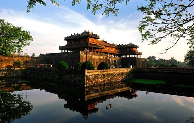 beautiful places in Vietnam in March - Hue
