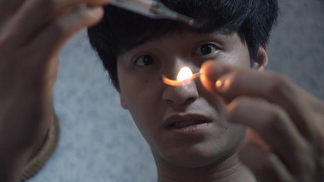 Tình khúc Bạch Dương - Tập 1: Chết cười với trò hơ nhiệt kế bằng lửa để vờ sốt của Hùng - ảnh 4