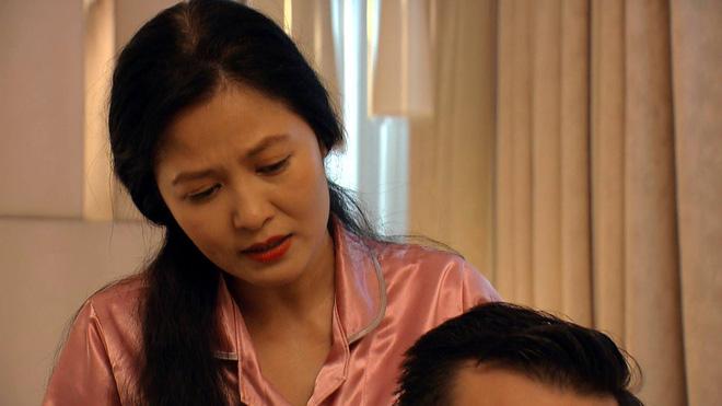 Thời trang đồ ngủ trên phim của Phương Oanh, Hồng Diễm cùng các nữ diễn viên - ảnh 46