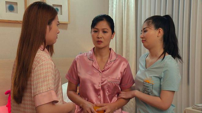 Thời trang đồ ngủ trên phim của Phương Oanh, Hồng Diễm cùng các nữ diễn viên - ảnh 41