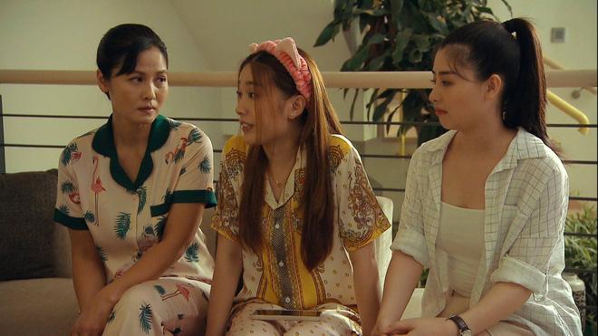 Thời trang đồ ngủ trên phim của Phương Oanh, Hồng Diễm cùng các nữ diễn viên - ảnh 37