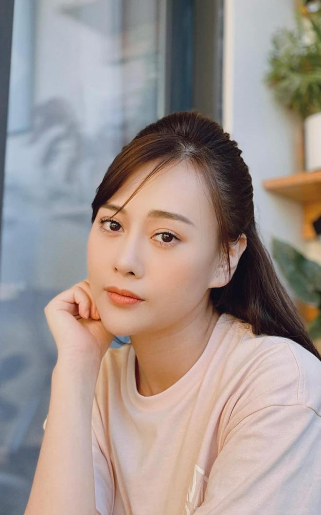 Loạt ảnh bất ngờ thời xưa của Bảo Thanh, Lương Thu Trang và Phương Oanh - ảnh 25