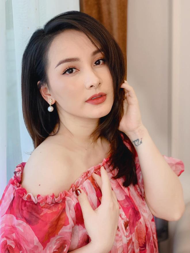 Loạt ảnh bất ngờ thời xưa của Bảo Thanh, Lương Thu Trang và Phương Oanh - ảnh 3