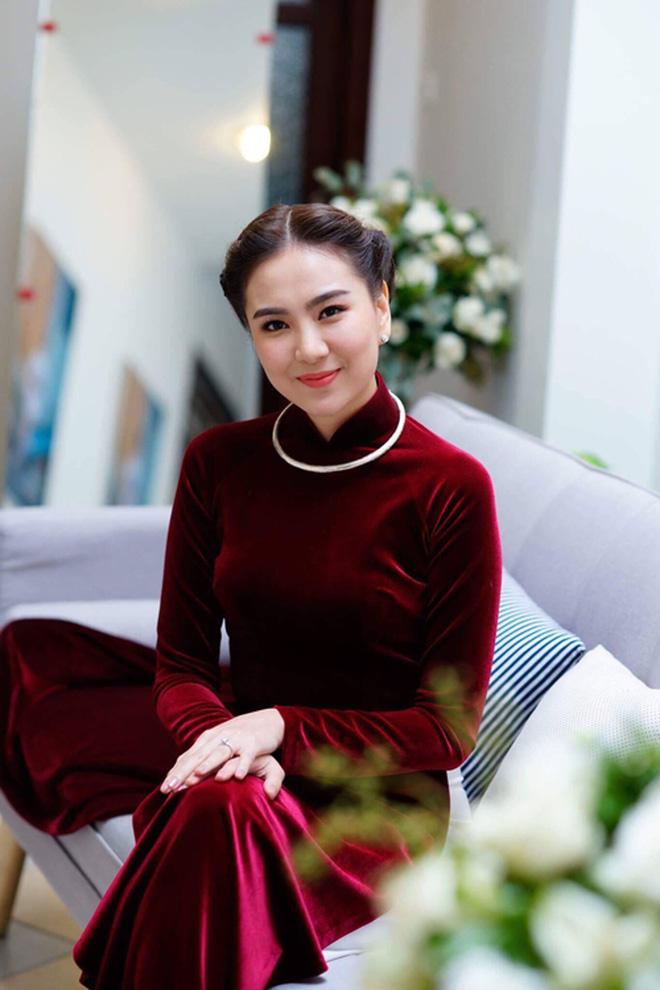 Nữ MC, BTV đẹp dịu dàng trong Lễ ăn hỏi - ảnh 7
