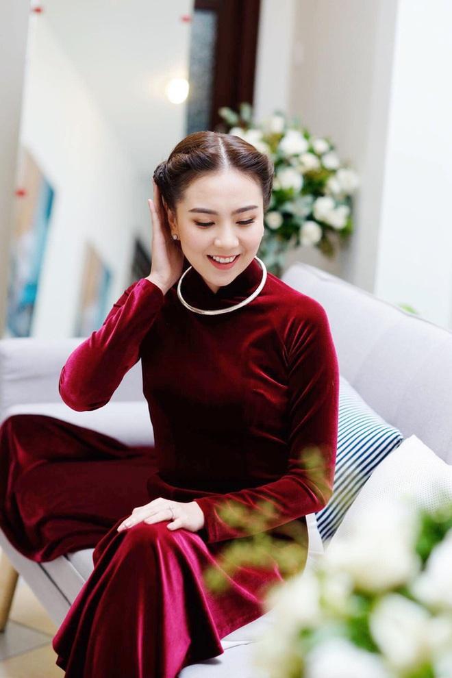 Nữ MC, BTV đẹp dịu dàng trong Lễ ăn hỏi - ảnh 8