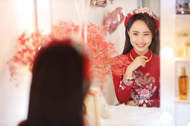 Nữ MC, BTV đẹp dịu dàng trong Lễ ăn hỏi - ảnh 3