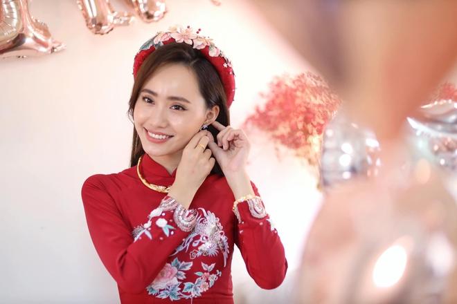 Nữ MC, BTV đẹp dịu dàng trong Lễ ăn hỏi - ảnh 4