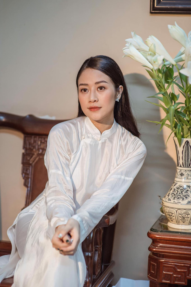 Nữ MC, BTV đẹp dịu dàng trong Lễ ăn hỏi - ảnh 18