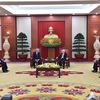 Vietnam's Party General Secretary and Prime Minister welcome US President