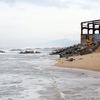 High tides ravage Phu Yen's coast