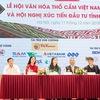 Dak Nong to host first Vietnam brocade festival