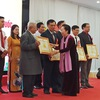 Over 290 exemplary learning models honoured