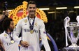 C.Ronaldo nói gì về việc rời Real Madrid?