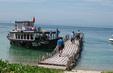 Ngày 17/4, thời tiết biển ổn định, ngư dân yên tâm khai thác thủy sản