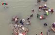 Đổ xô ra sông đãi vàng ở Quảng Nam