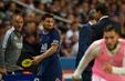 Messi phản ứng khi bị thay ra trong trận PSG gặp Lyon