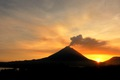 https://vtv1.mediacdn.vn/thumb_w/630/2014/140818171856-photogenic-volcanoes-arenal-cr-horizontal-gallery-1410748012455.jpg