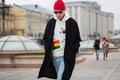 https://vtv1.mediacdn.vn/thumb_w/630/2015/01-russia-street-style-day-3-1445849270276.jpg