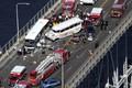 https://vtv1.mediacdn.vn/thumb_w/630/2015/2cb9f0d400000578-3248028-an-aerial-scene-shows-debris-strewn-all-over-the-narrow-bridge-i-a-3-1443128828181-1443153567864.jpg