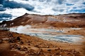 https://vtv1.mediacdn.vn/thumb_w/630/2015/in-hverir-you-can-walk-amongst-a-giant-geothermal-field-1426157189136.jpg