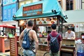 https://vtv1.mediacdn.vn/thumb_w/630/2015/meanwhile-the-hipsters-hang-out-in-tiong-bahru-a-neighborhood-with-cool-coffee-shops-bars-and-vintage-shops-1425495007731.jpg