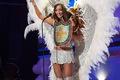 https://vtv1.mediacdn.vn/thumb_w/630/2015/miss-universe-bolivia-1422255220536.jpg