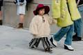 https://vtv1.mediacdn.vn/thumb_w/630/2015/seoul-fashion-week-babies-street-style-021-1446106455232.jpg
