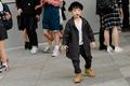 https://vtv1.mediacdn.vn/thumb_w/630/2015/seoul-fashion-week-babies-street-style-04-1446106454739.jpg
