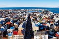 https://vtv1.mediacdn.vn/thumb_w/630/2015/the-capital-city-of-reykjavik-looks-like-a-wonderland-of-different-candy-colored-homes-1426157450880.jpg