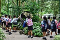 https://vtv1.mediacdn.vn/thumb_w/630/2015/the-singapore-botanic-garden-which-is-open-to-the-public-for-free-is-incredible-singaporeans-often-come-here-to-picnic-and-relax-on-the-weekends-1425493928718.jpg