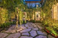 https://vtv1.mediacdn.vn/thumb_w/630/2016/stone-courtyard-looks-like-out-dream-1452741064351.jpg