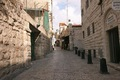 https://vtv1.mediacdn.vn/thumb_w/630/Uploaded/daoluunhanai/2014_05_02/Via-Dolorosa-Jerusalem.jpg