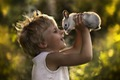 https://vtv1.mediacdn.vn/thumb_w/630/Uploaded/quangphat/2014_01_21/Cute-Animal-and-Cute-Kid-by-Elena-Shumilova-Infographic-BLOG-11.jpg
