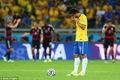 https://vtv1.mediacdn.vn/thumb_w/630/Uploaded/quangphat/2014_07_09/Brazil-1-7-Germany-3.jpg