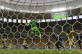 https://vtv1.mediacdn.vn/thumb_w/630/Uploaded/quangphat/2014_07_13/Brazil-Holland-wc-14.JPG