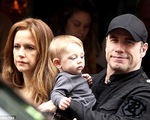 John Travolta phủ nhận cáo buộc quan hệ đồng tính