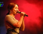 Nữ hoàng nhạc phim Baek Ji Young 'mê hoặc' khán giả trẻ