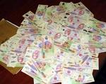 Lâm Đồng bắt khẩn cấp đối tượng tiêu thụ tiền giả