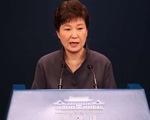 Bê bối rò rỉ tài liệu ở Hàn Quốc: Tổng thống yêu cầu 10 trợ lý từ chức