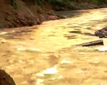 Vỡ đập dự án chỉnh trị sông A Vương do hoàn lưu bão số 4