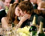 Những khoảnh khắc tưởng như không thể rời xa của Angelina Jolie - Brad Pitt