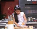 Vua đầu bếp nhí: 'Công chúa thỏ' khiến giám khảo Tịnh Hải mê mệt