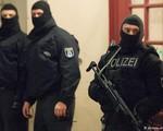Cuộc chiến chống khủng bố đang 'hâm nóng' châu Âu