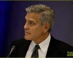 Georger Clooney sốc khi nghe tin ly dị của Jolie Pitt từ CNN