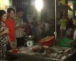 Chợ đêm Lý Sơn hấp dẫn với hải sản tươi sống